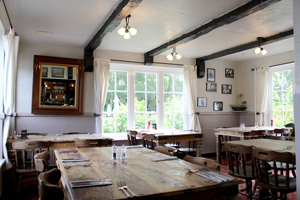 The George Restaurant & Bar Molash